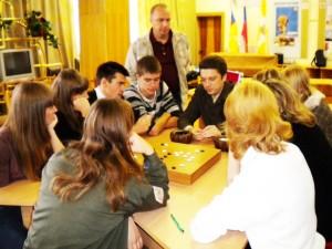 Руслан Дмитриев объясняет Го